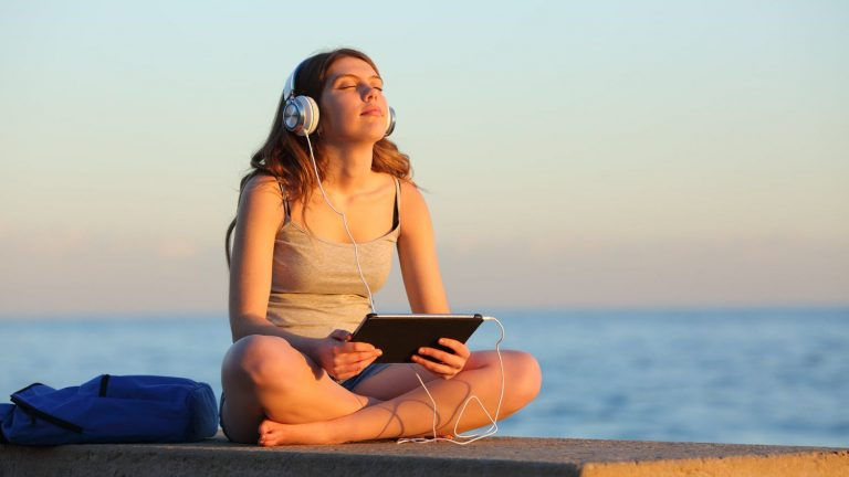 20 Best Free Meditation Apps  for Android & iOS
